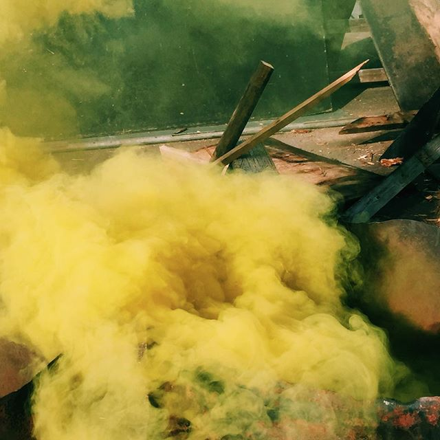 Smoke Experiment — #wip #smoke #flare #blades